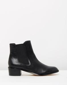 boot 23