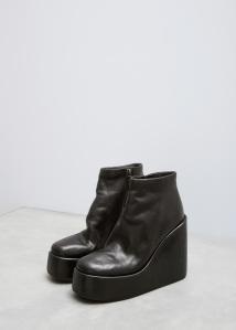 boot 93